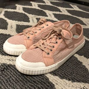 Tretorn pink sneakers